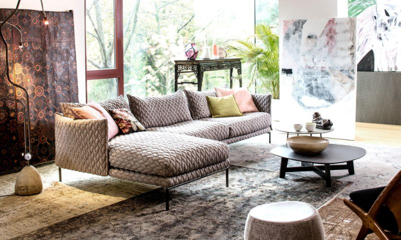 10 Modern Sofas For a Contemporary Living Room modern sofas 10 Modern Sofas For a Contemporary Living Room mobilia moroso gentry modular sofa slider patricia urquiola