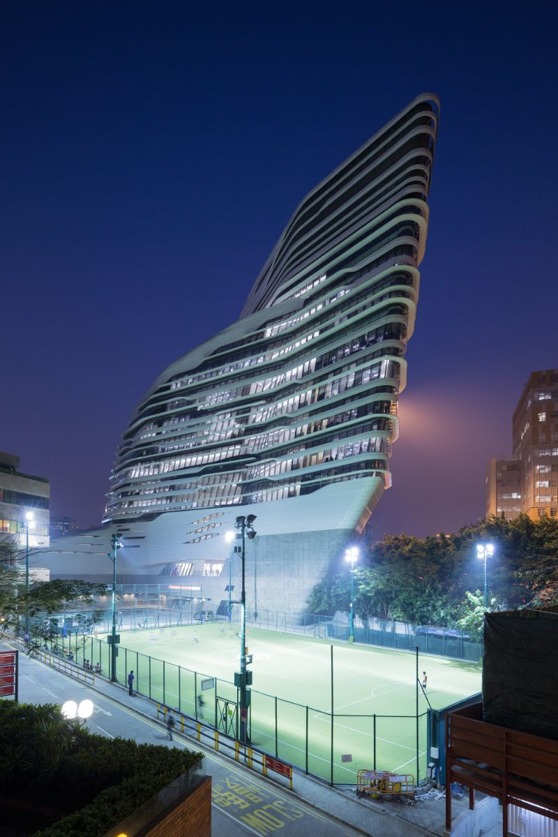 Iconic Architectural Buildings By Zaha Hadid (5) zaha hadid Iconic Architectural Buildings By Zaha Hadid Iconic Architectural Buildings By Zaha Hadid 5