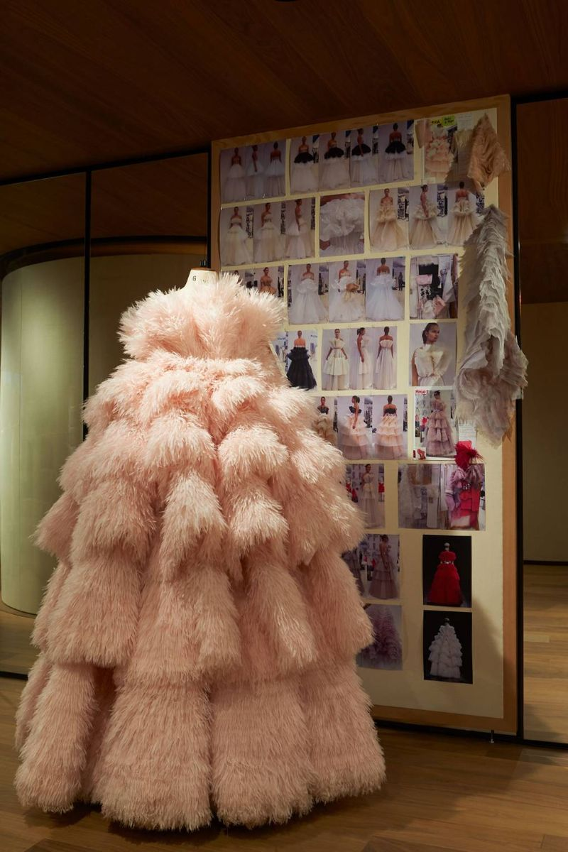 Alexander McQueen's 'Roses' Exhibition Is A Sight For Sore Eyes (9)