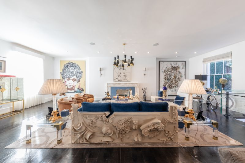 Versailles Family - An Art Inspired Furniture Design (1)