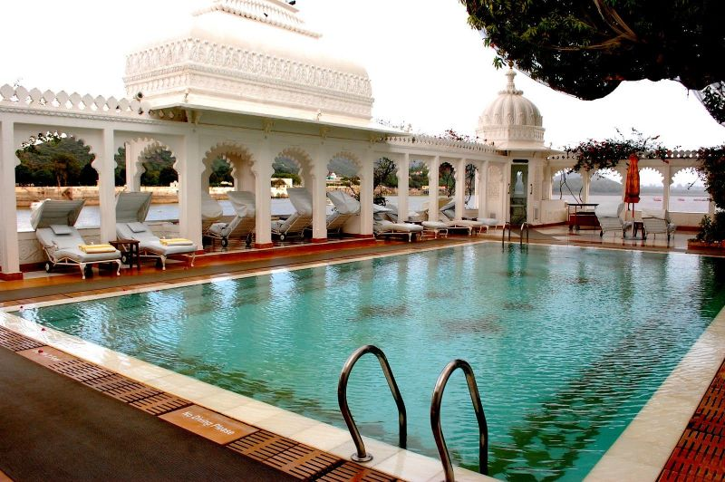 Former Royal Palaces That Were Transformed Into Luxury Hotels luxury hotel Former Royal Palaces That Were Transformed Into Luxury Hotels taj lake