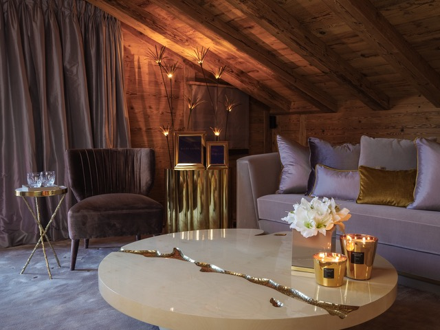 Exclusive Rustic Chalet In The Swiss Montains By Rougemont Interiors (7)
