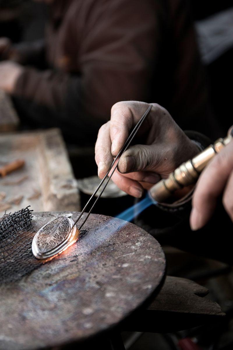 The Wonders Of Craftsmanship - Details Of Filigree (8) filigree The Wonders Of Craftsmanship – Details Of Filigree The Wonders Of Craftsmanship Details Of Filigree 8