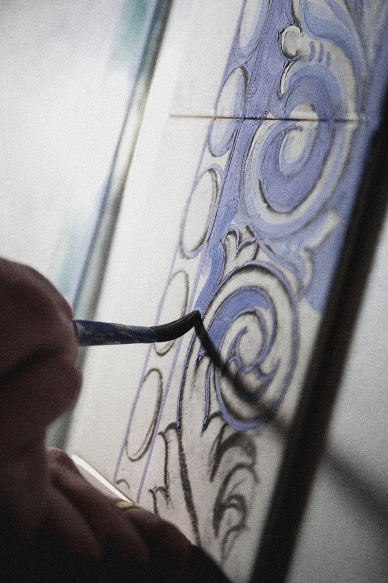 The Wonders Of Craftsmanship - Details Of Hand-Painted Tiles (1)