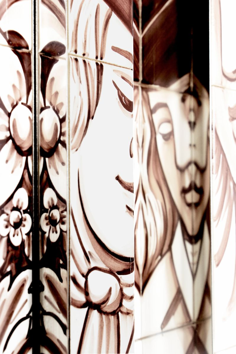 The Wonders Of Craftsmanship - Details Of Hand-Painted Tiles (5)