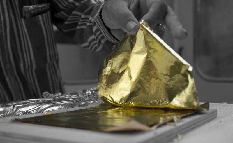 The Wonders Of Craftsmanship - Details Of Leaf Gilding (11)