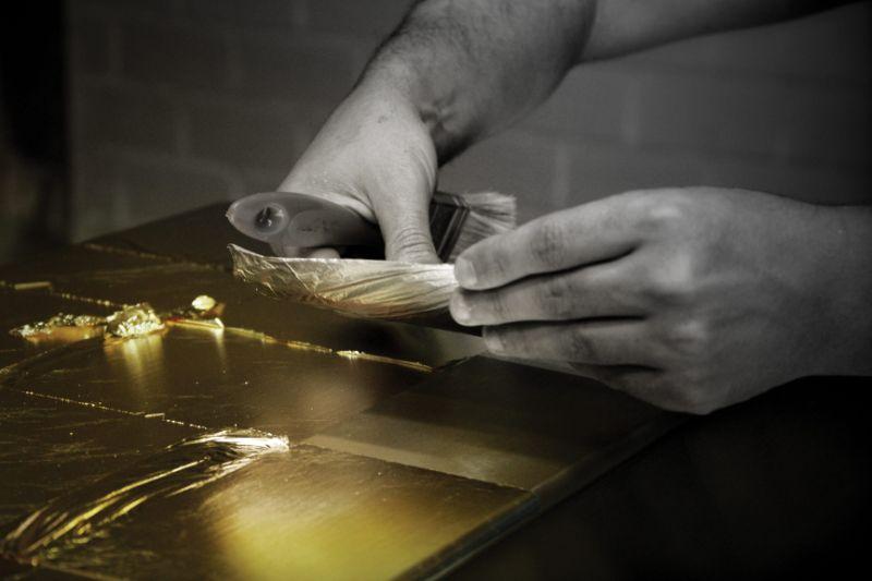 The Wonders Of Craftsmanship - Details Of Leaf Gilding (12)