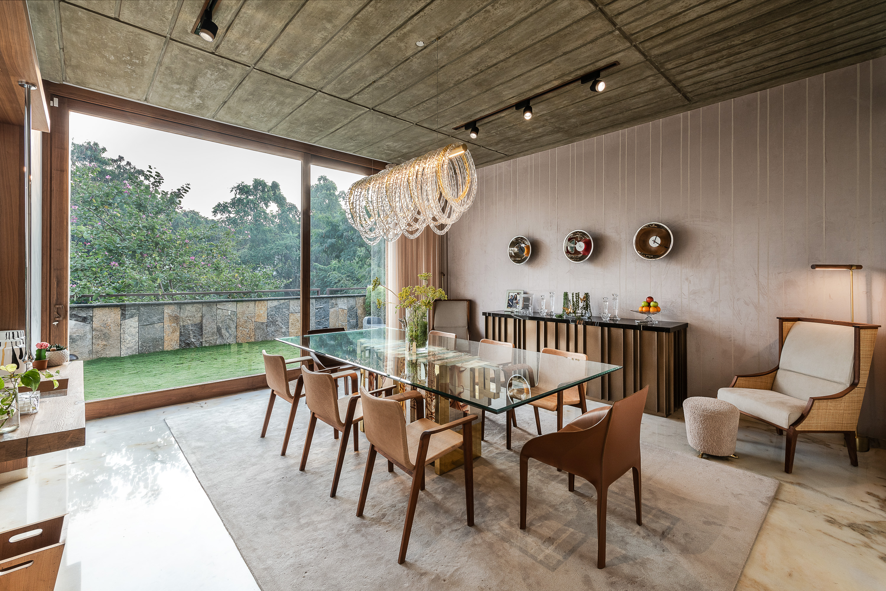 Sustainability Meets Luxury In This Private Residence by NA Architects (2)