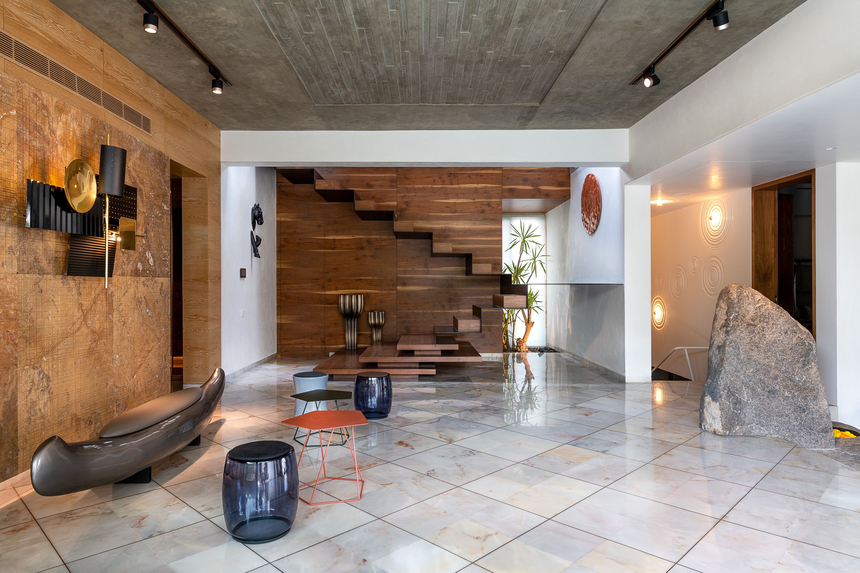 Sustainability Meets Luxury In This Private Residence by NA Architects (7)