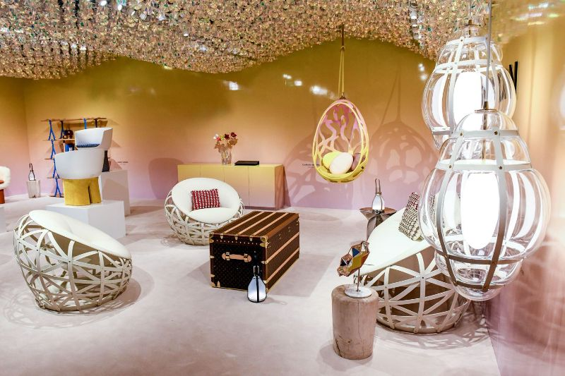 Bring Haute Couture Inside Your Modern Home Design (10)