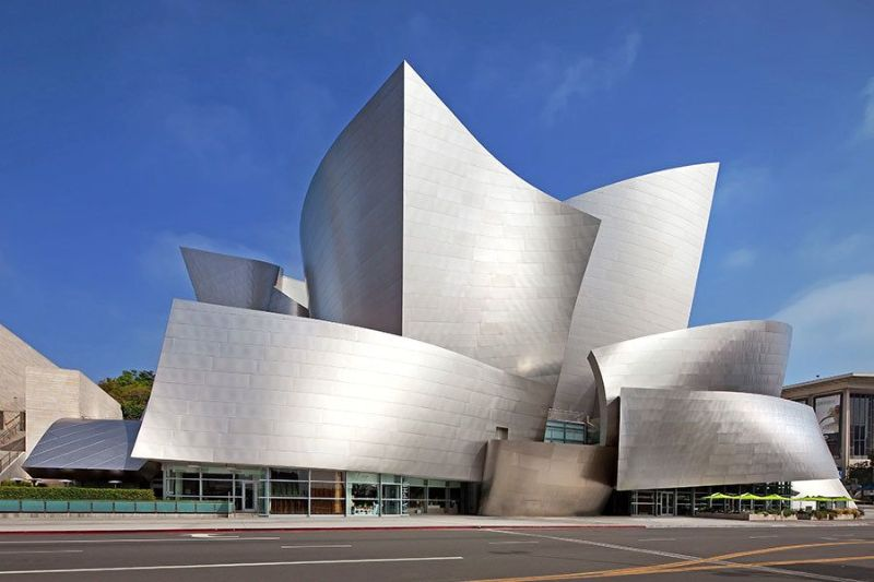 Frank Gehry's Iconic Architectural Buildings Around The World (5) frank gehry Frank Gehry's Iconic Architectural Buildings Around The World Frank Gehrys Iconic Architectural Buildings Around The World 5