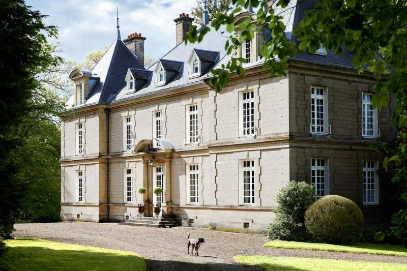 Jean-Louis Deniot Restores An Over-The-Top Historic French Manor (7) jean-louis deniot Jean-Louis Deniot Restores An Over-The-Top Historic French Manor Jean Louis Deniot Restores An Over The Top Historic French Manor 7
