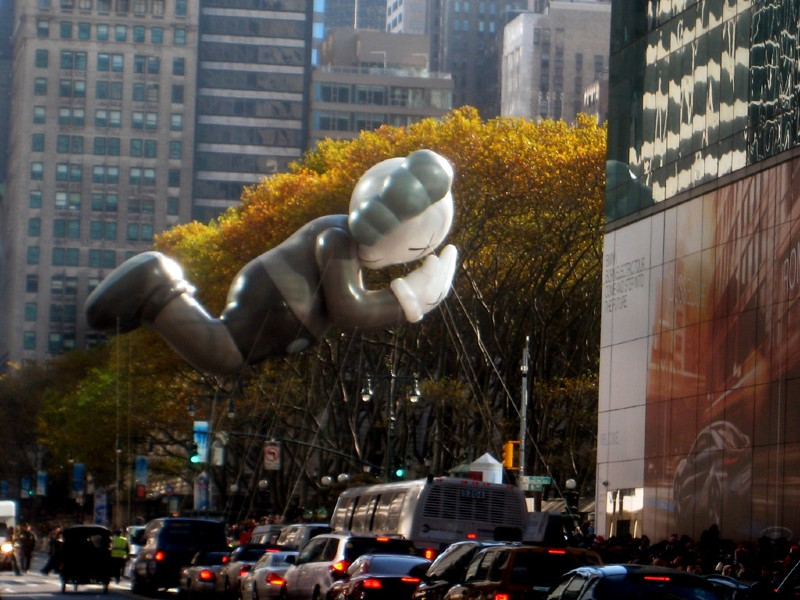 10 Things You Probably Didn't Know About KAWS kaws 10 Things You Probably Didn't Know About KAWS 10 Things You Probably Didnt Know About KAWS