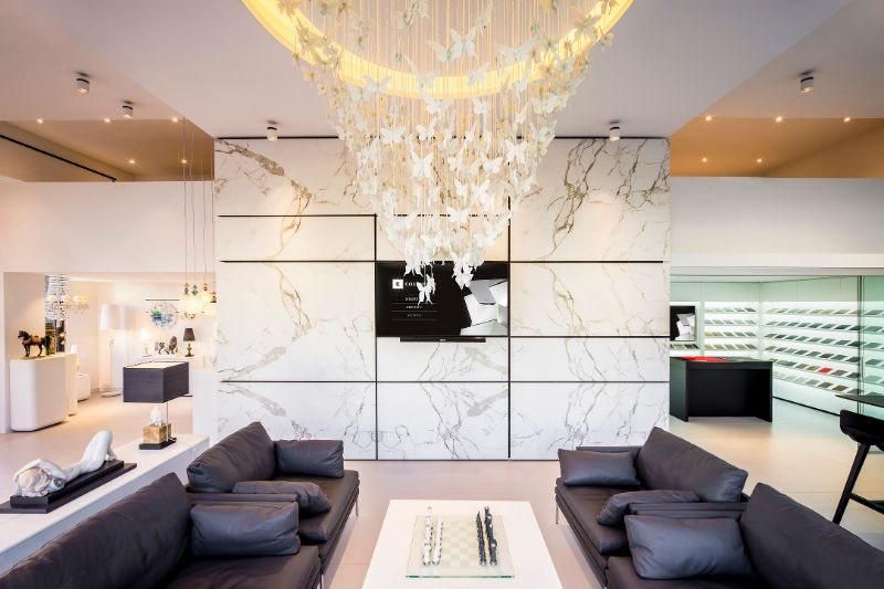 Where To Shop – The Best Luxury Showrooms In Milan luxury showroom Where To Shop – The Best Luxury Showrooms In Milan Lladro Showroom