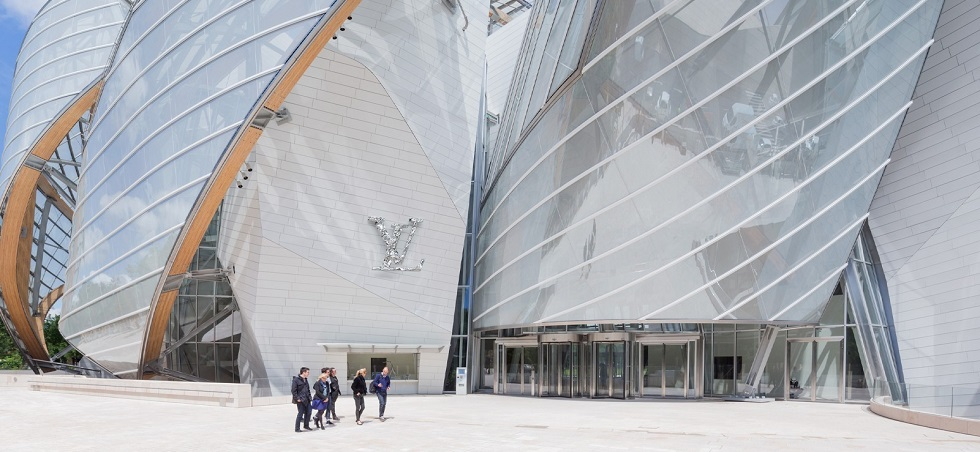 Fondation Louis Vuitton Paris Showcases First Overseas Exhibition in China cover15