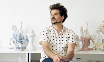 "Designer Jaime Hayon Exhibits ""Funtastico"" at Holon Museum designer jaime hayon exhibits funtastico at holon museum 335x201"